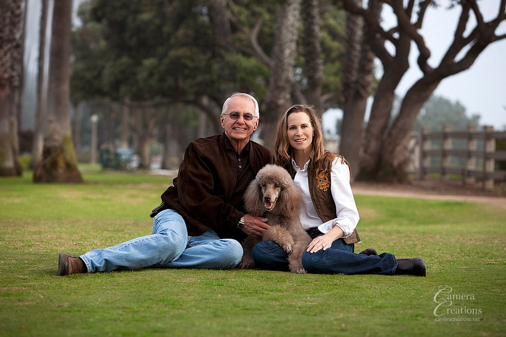 Family portrait photography session at Santa Monica beach park,.