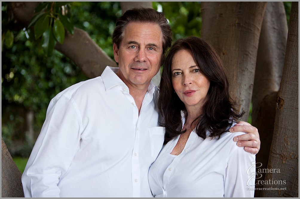 Family portrait photography session at Pacific Palisades. Husband and wife.